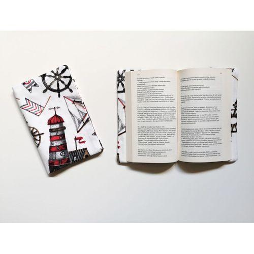 Yedi Kedi Kitap Kılıfı Deniz Feneri